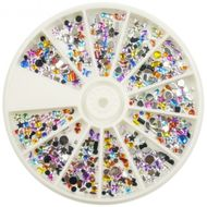 Karusel s okrúhlymi ozdobami mix farieb, tvarov a veľkosti